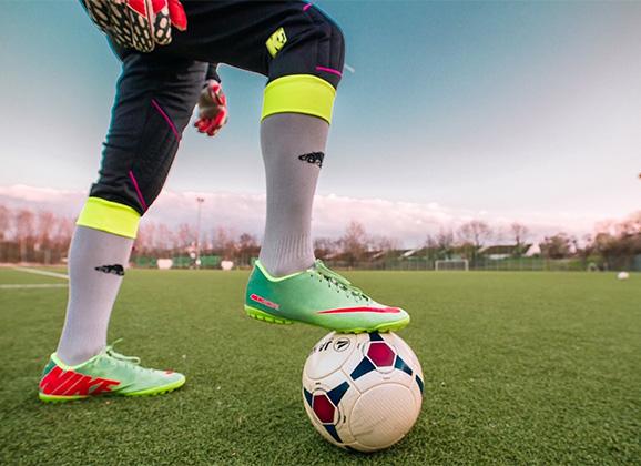 Anykščių rajono salės futbolo čempionate artėja lemiamų rungtynių metas