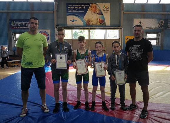 Jaunieji Anykščių imtynininkai tapo čempionais