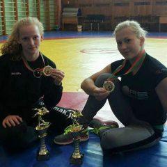 Anykščių imtynininkės sėkmingai pasirodė turnyre Baltarusijoje
