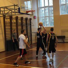 Startavo Anykščių rajono vyrų krepšinio pirmenybės (FOTO)