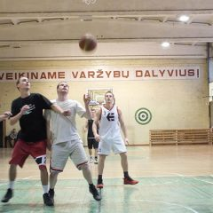 Tęsiasi 2014/2015 m. Anykščių rajono vyrų krepšinio pirmenybės