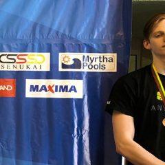 AKKSC plaukikas J.Bačkulis iškovojo du medalius
