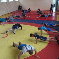 Pasaulio jaunių čempionatui imtynininkai ruošiasi Troškūnuose (FOTO)