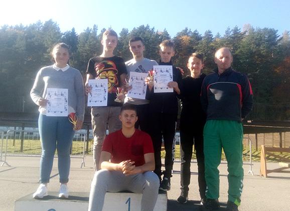 Anykščių biatlonininkai Ignalinoje užėmė prizines vietas