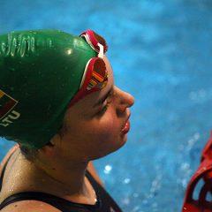 AKKSC plaukikės džiaugėsi medaliais