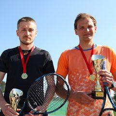 """""""Anykščiai Open 2019"""" teniso dvejetų turnyre triumfavo J.Guobužas ir G.Ambraška (FOTO)"""