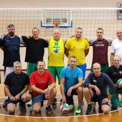 J.Biliūno salėje – AKKSC trenerių bei pedagogų tinklinio mačas (FOTO)