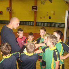 Jaunieji Anykščių futbolininkai sėkmingai varžėsi Rokiškyje